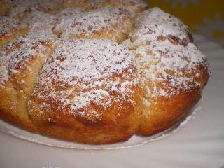 Un brioche típico de Alemania, sabroso y esponjoso. El sabor a mantequilla y su aspecto lo hacen irresistible. ideal para los desayunos o me...