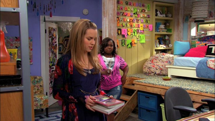 good luck charlie good luck charlie 24766379 1280. Black Bedroom Furniture Sets. Home Design Ideas