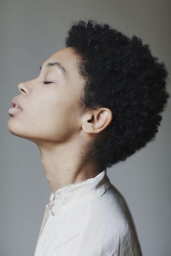 Abréviation pour Afro Man & Woman Modeling dans 57 modèles #curlyhairstyles #cu …   – Curly Hairstyles