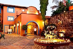 Hotel Misión, Guanajuato, Guanajuato - A la entrada de Guanajuato, frente al Museo Ex Hacienda de San Gabriel.