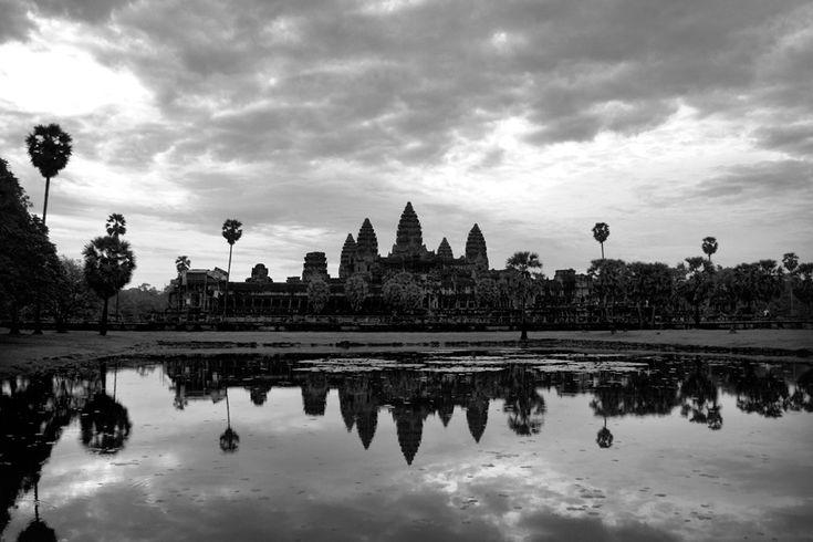 Το Angkor Wat στην Καμπότζη είναι το μεγαλύτερο θρησκευτικό σύμπλεγμα του κόσμου