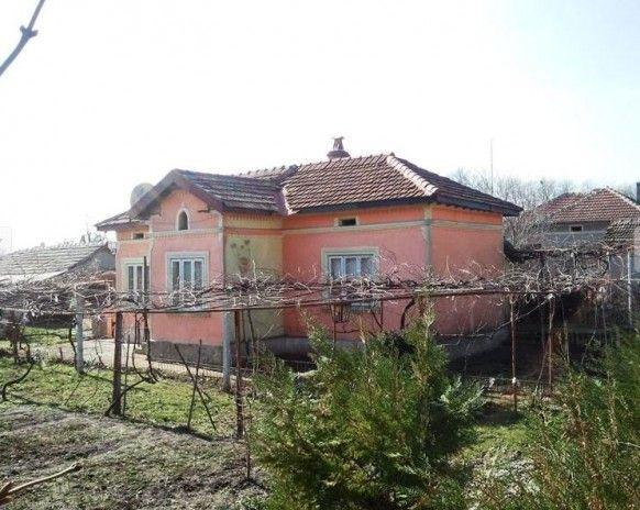 Bulgarije Huis van 90 m2 met 400 m2 tuin in Senokos, 15 km van de zee - Tweede Woning.eu