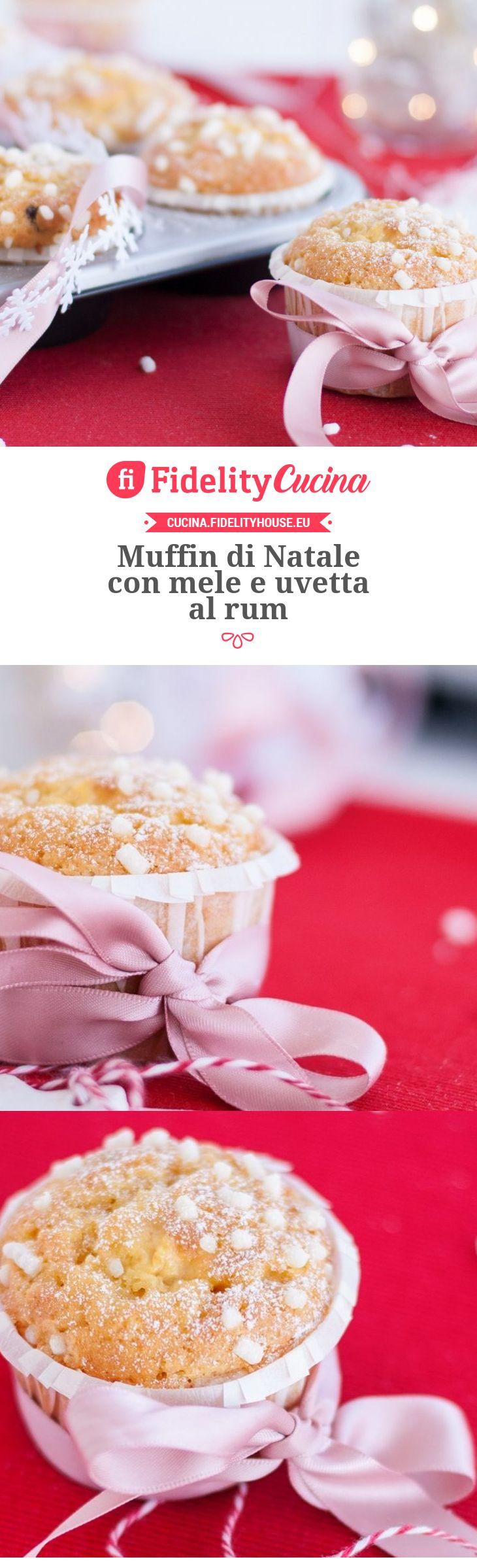 Muffin di Natale con mele e uvetta al rum