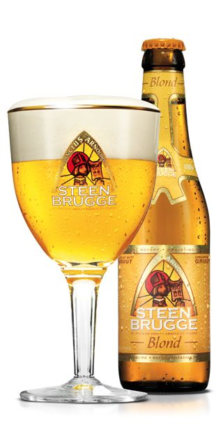 Het abdijbier STEENBRUGGE Blond is een blond bier met een warme, volle smaak en een fruitig, lichtgerookt gistingsaroma in combinatie met het subtiele Brugse kruidenmengsel 'gruut'. Bier van hoge gisting met nagisting in de fles.