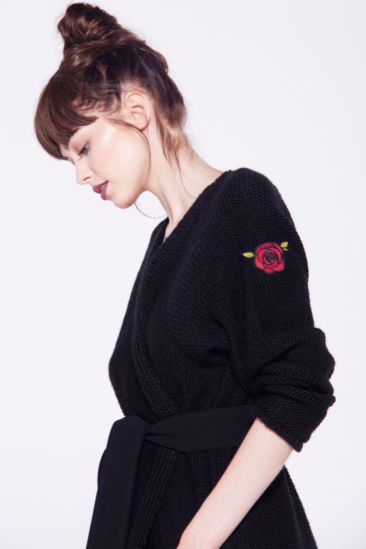furelle #fashion #shoulderpatch #black #sweaterlong