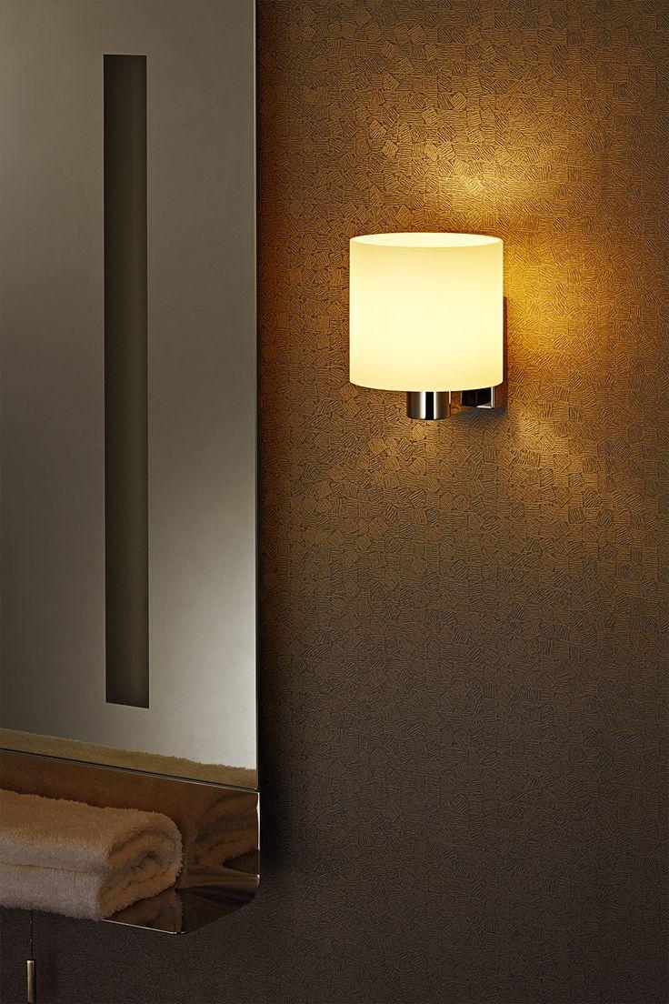 Kinkiet Zuma Line Warrior stworzy unikalną atmosferę w Twojej sypialni lub salonie...