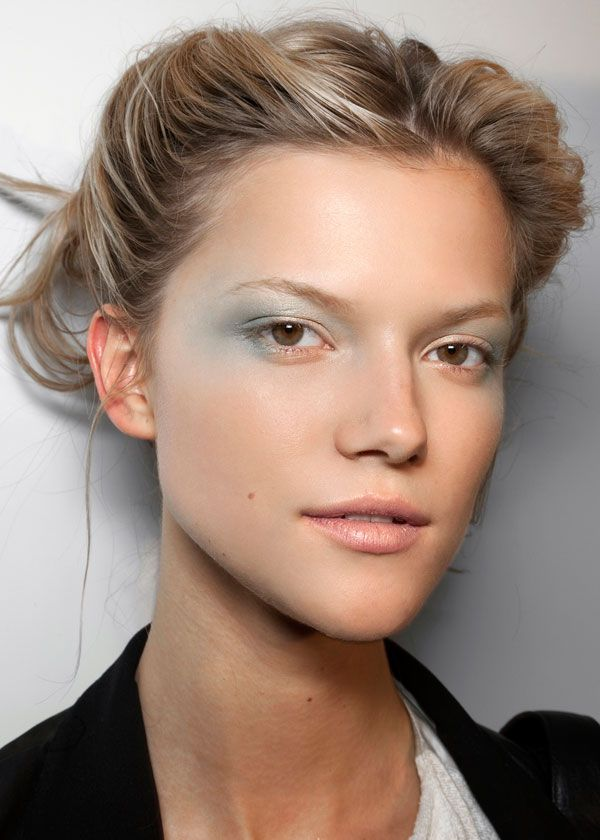 Pastel eyes - I wonder if there's a way to do this without looking totally washed out.