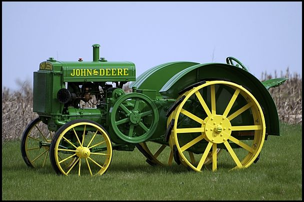 1925 John Deere D  #Mecum #GoneFarmin.This would be made for another 28 years