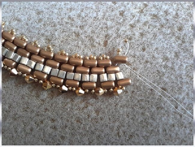 collar-oro-negro-perla de vidrio-rullas-tops-sedoso-bead-espíritu-16