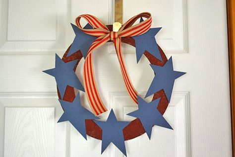 DIY Stars and Stripes Patriotic Wreath – Factory Direct Craft Blog