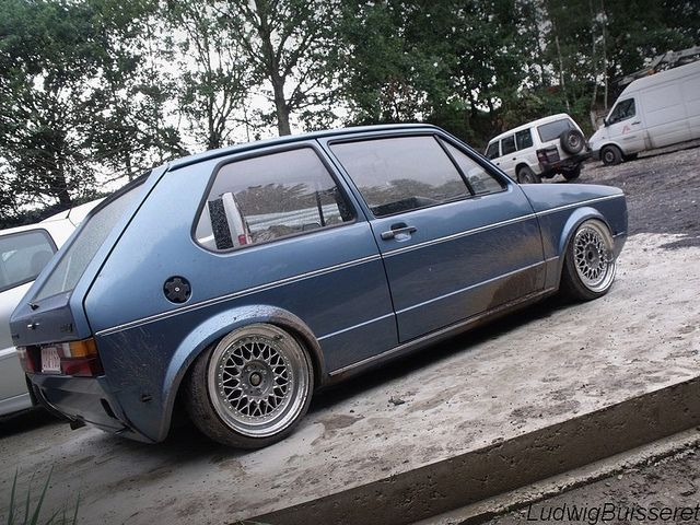 I do like volkswagens, too bad I hear they are terrible cars