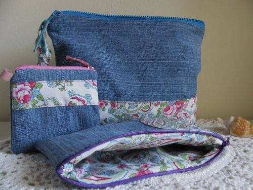 Lovely make-up or coin bags
