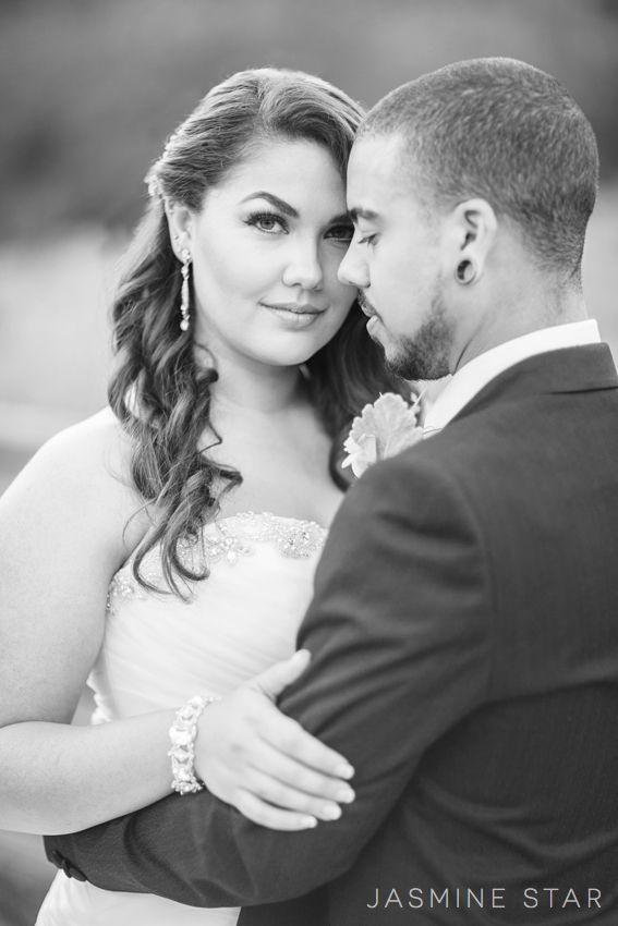 Jasmine Star | How to Pose a Curvy Bride