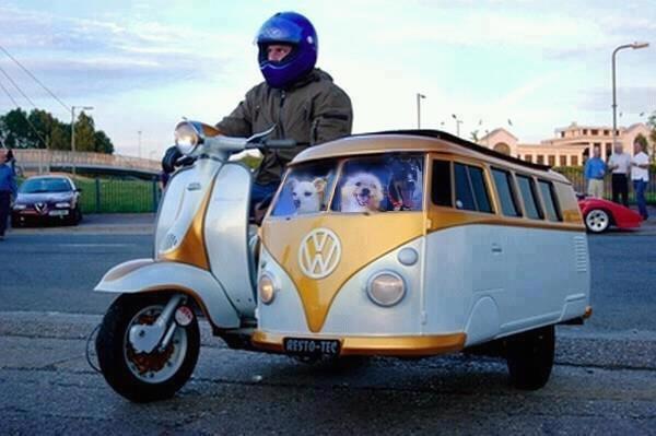 La nueva tendencia en motocicletas y su carrito de paseo