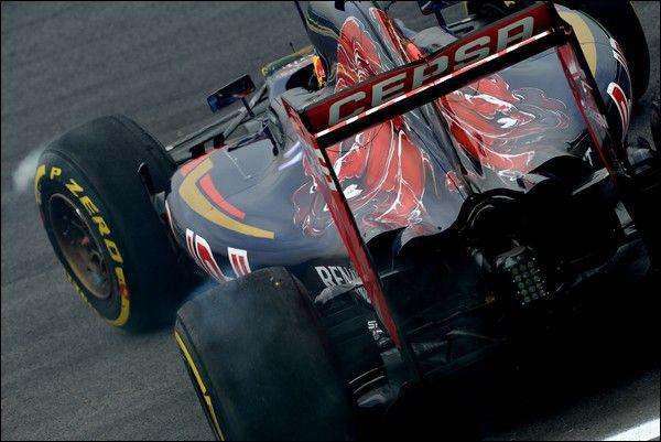 Max Verstappen si aspetta molto dal motore Ferrari nel 2016