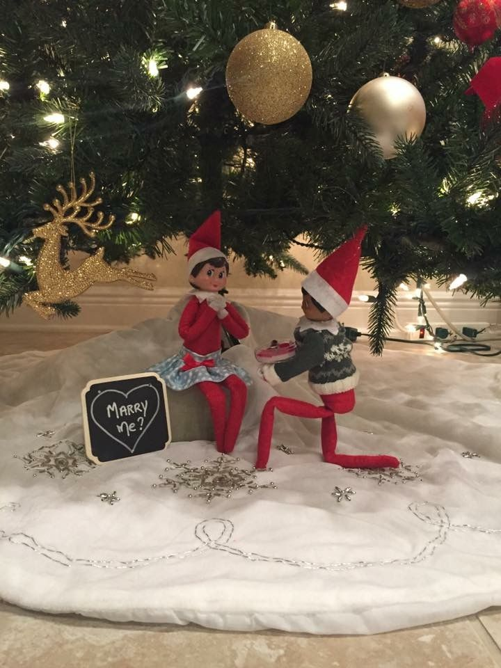 Christmas Elf On The Shelf Images.The Elf On The Shelf Elf Proposal Elf On The Shelf In 2019