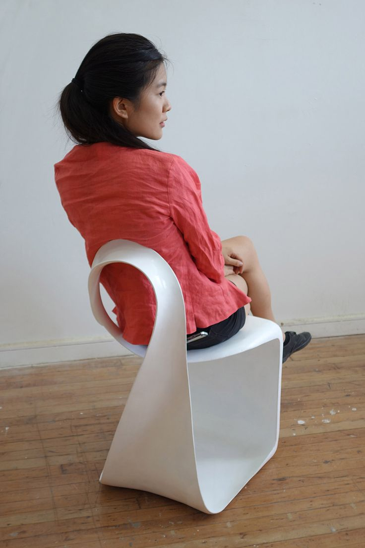 かっこいい椅子。メビウスの輪の参考に
