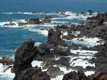Best Activities on St. Kitts for the Budget Traveler: Black Rocks