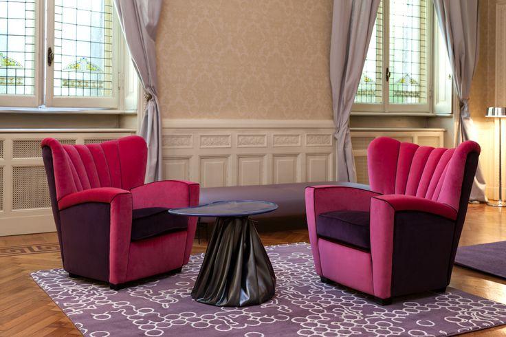 Zarina armchairs - fuchsia/aubergine velvet | poltrone Zarina in velluto color fucsia/melanzana