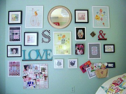 Gallery wall interior design gallery photos frames - Decoracion paredes juveniles ...