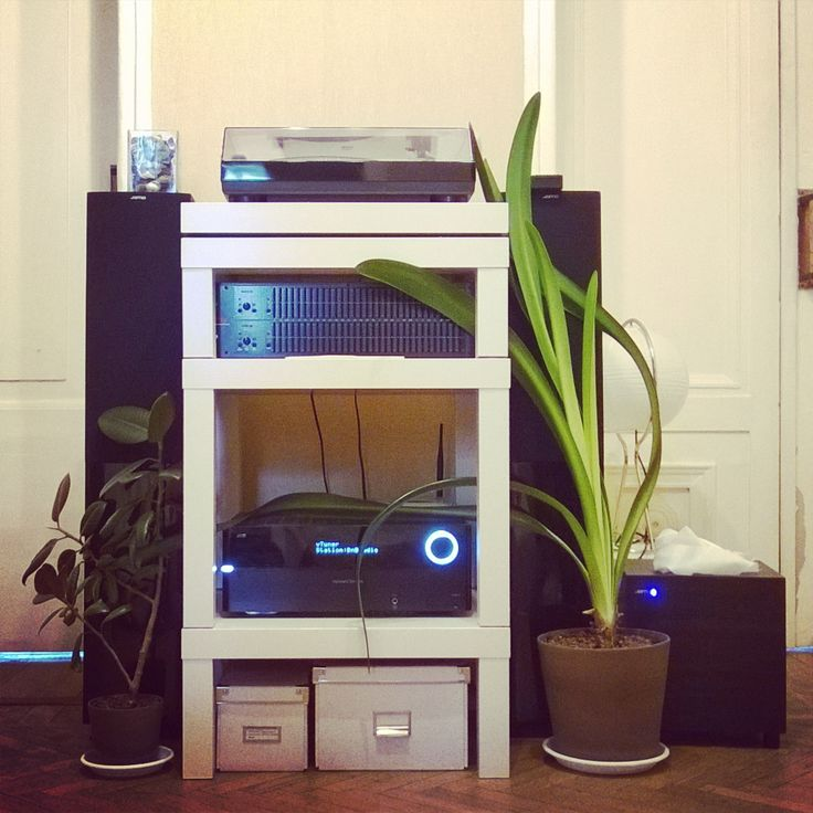 the 25 best hi fi stand ideas on pinterest audio rack audiophile and audio stand. Black Bedroom Furniture Sets. Home Design Ideas