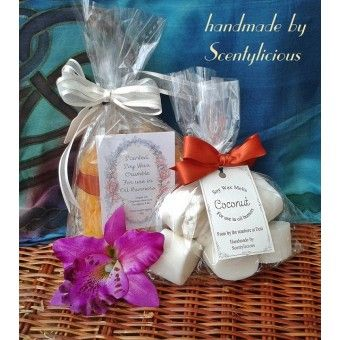 Arabian Sandalwood wax crumble with Coconut wax melts