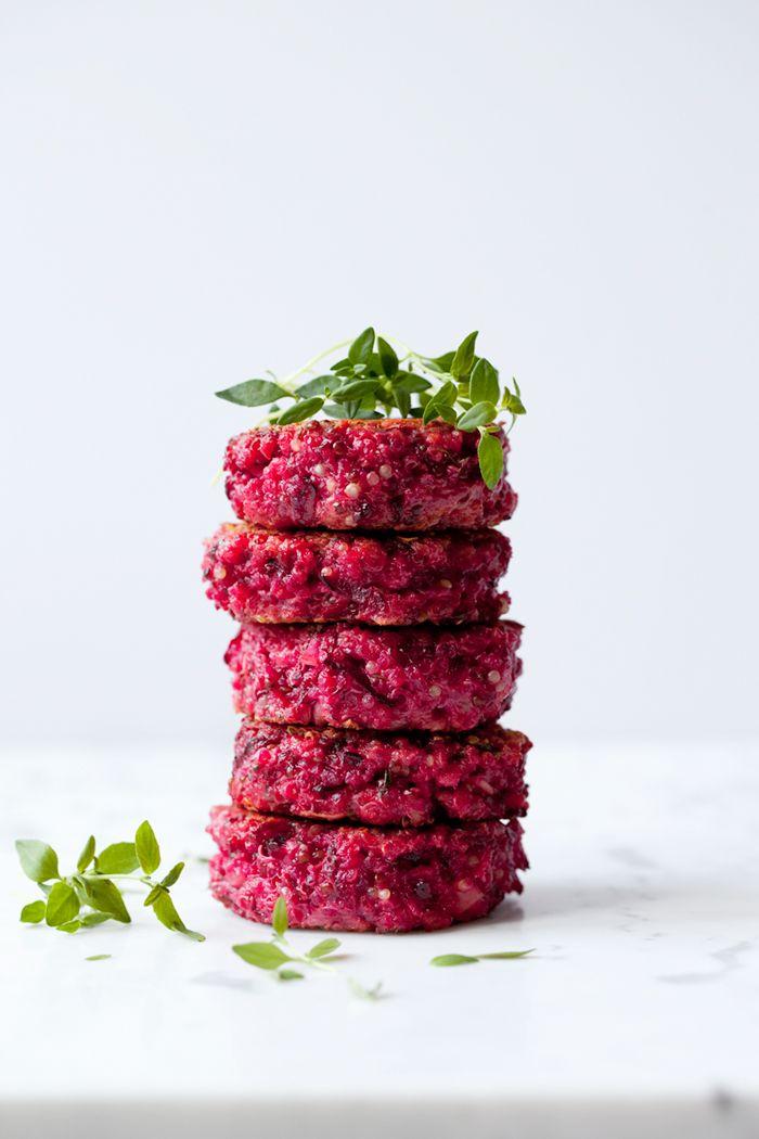 Rödbets- och quinoabiffar med timjan och getost » Dagmar's Kitchen
