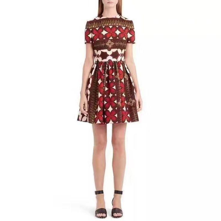 Яркое платье Gucci новая коллекция!
