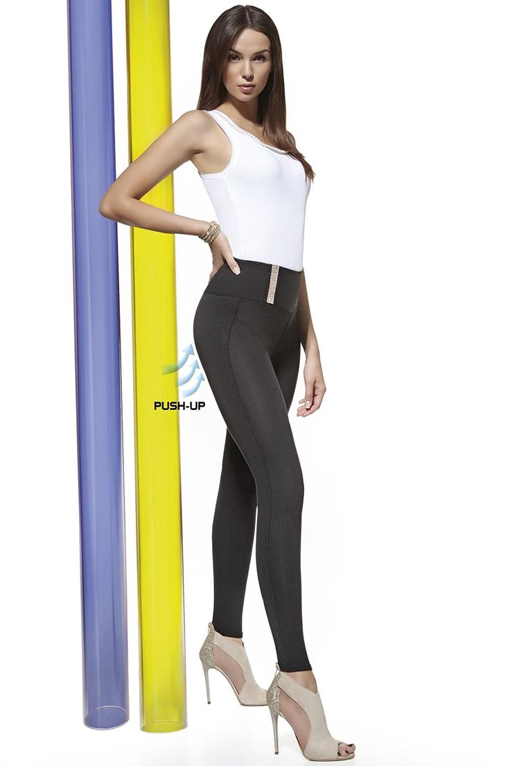 These excellent leggings uniquely offer a push-up effect that aptly underlines and raises the buttocks. These sexy, alluring pants adapt perfectly to the wearer's figure with side seams and a wide belt which superbly hides any minor imperfections. The belt features a beautiful decorative inset with cubic zirconia that is simply spectacular. Collection leggings Style […]