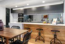 mirror kitchen splashback