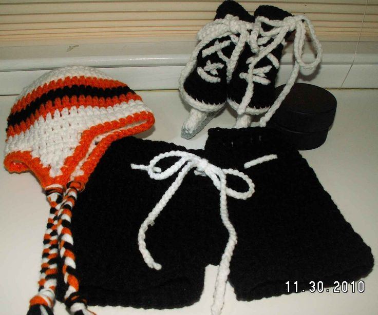 Winter Classic Hockey Set with Hockey Skate booties - hockey pants - NHL color hat in three sizes - pinned by pin4etsy.com