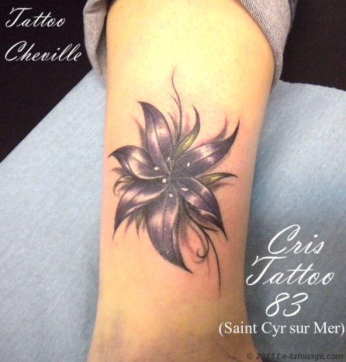 tatouage fleur cheville photos et modles de tatouages. Black Bedroom Furniture Sets. Home Design Ideas