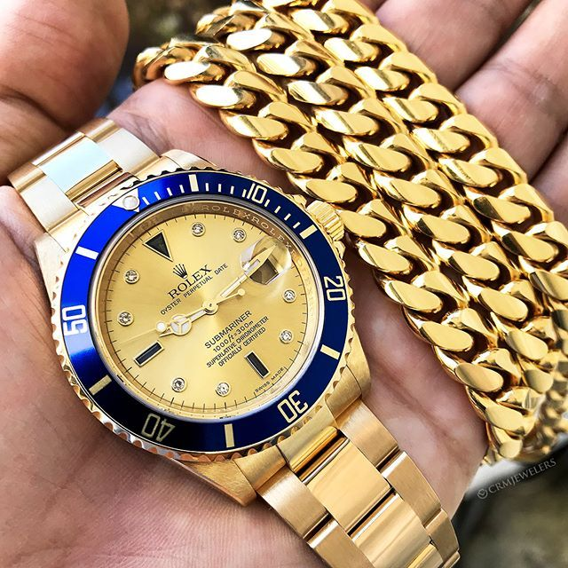 Rolex Submariner with a Completley Yellow Gold Face! Insane