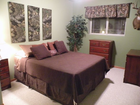 Hunting Theme Boys Bedroom Camo Covered Canvas Good Idea To Add Camo To  Walls