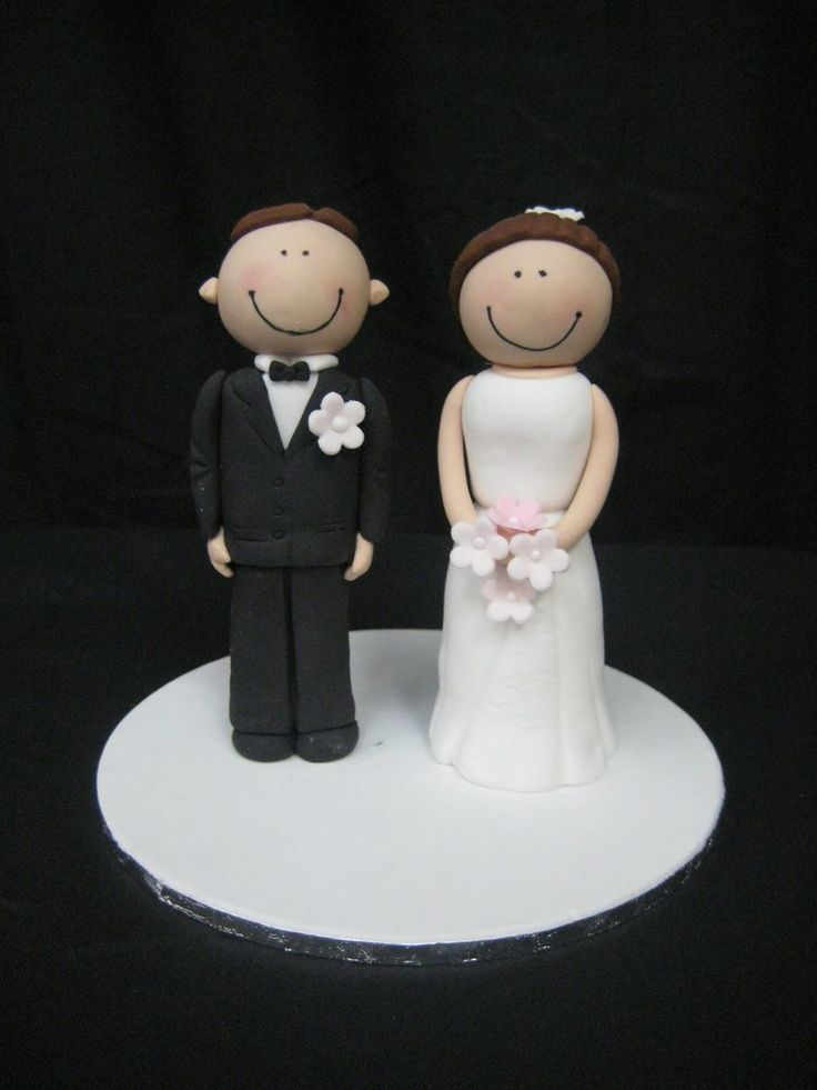 Planet Cake Class|Bride Groom Funky Figurines