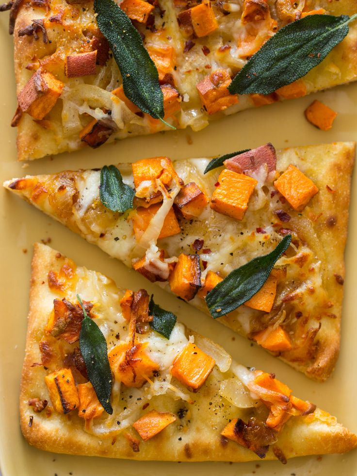 Roasted Sweet Potato and Caramelized Onion Flatbread | healthy recipe ideas @xhealthyrecipex |