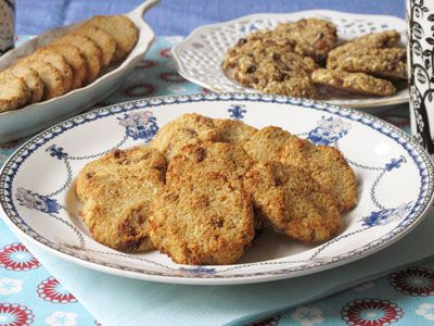 Coconut chocolate cookies - without dairy or flour