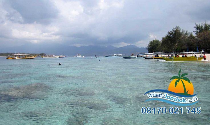Ini Dia Wisata Favorit di Lombok  Gili Trawangan Lombok menjadi destinasi terfavorit, karena di sana merupakan surga tempatnya Wisata  yuk kunjungi segera di http://www.wisatalombok.co.id/info-wisata-lombok/sensasi-yang-menyenangkan-di-gili-trawangan-lombok/  Like dan Share ya kawan