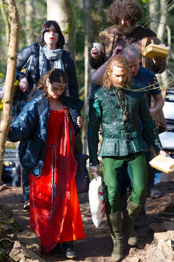 18 new Doctor Who pictures! Plus a short video of the Peter Capaldi, Jenna Coleman and Tom Riley filming in Fforest Fawr near Cardiff - Wales Online