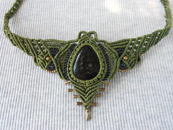 Gargantilla macrame Handmade macrame necklace por GipsyCrafts