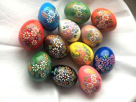 Set of 12 Hand Decorated Painted Chicken Easter Egg, Traditional Slavic Wax Pinhead Chicken Egg, Kraslice, Pysanka