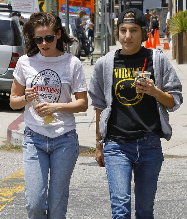 Kristen Stewart has a girlfriend, you guys! She's dating Alicia Cargile -- her mom confirmed their relationship.
