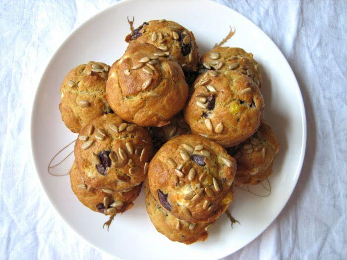 lilla matdériven: Oliv- & fetaostmuffins för små