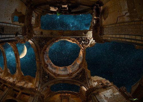 "rulingthumb:  ""Belchite Night"" by Carlos Santero"