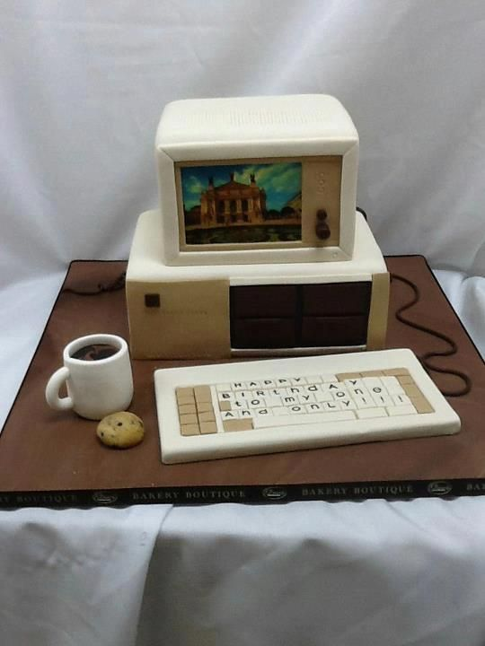 Computer cake old school computer. Our recruiters and account managers would love to see this at our next dessert day. Dallas IT recruitment.