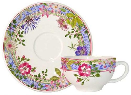 les 115 meilleures images du tableau gien france sur pinterest porcelaine peinte vaisselle et. Black Bedroom Furniture Sets. Home Design Ideas