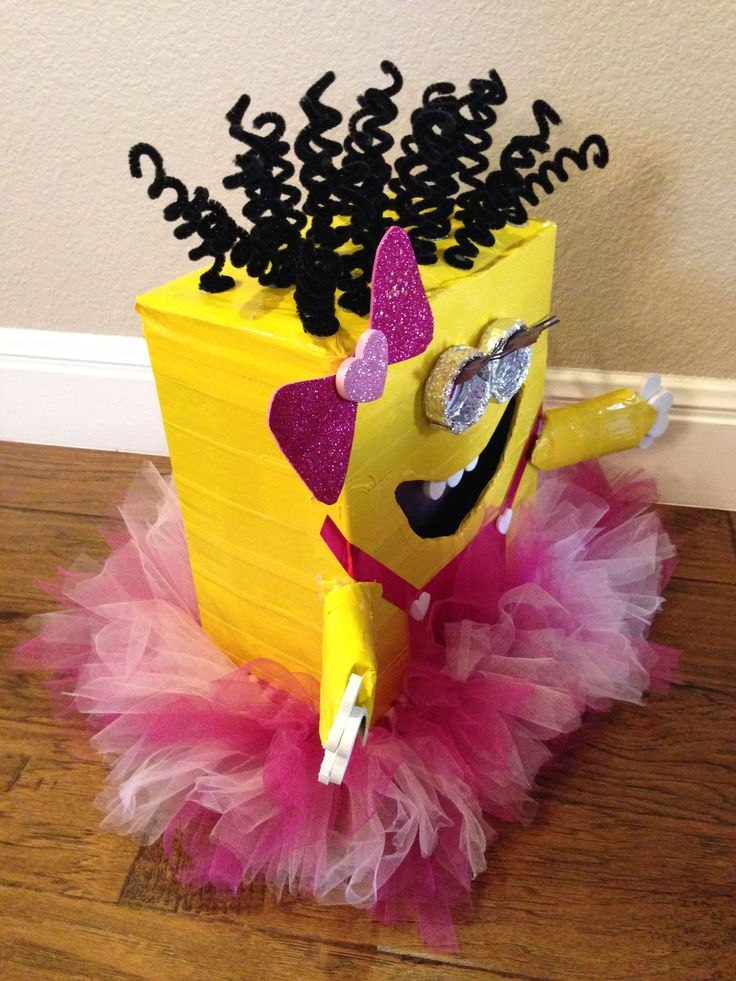 Girl Pink Minion Valentines Day Box