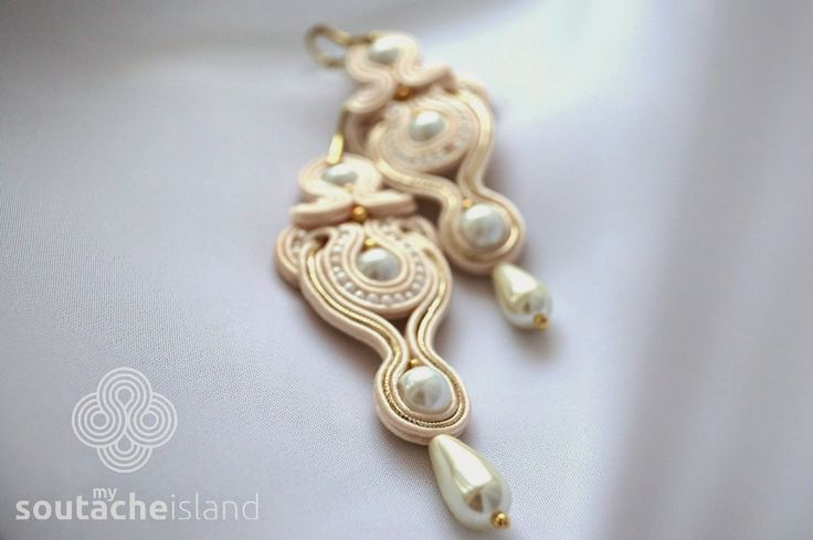 Bridal soutache ecru, beige, gold end white earrings with pearls