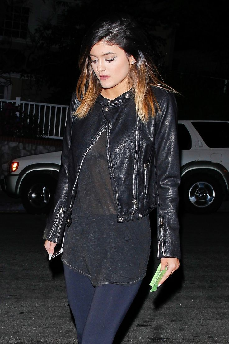 Celebrity Street Style    Picture    Description  February 2, 2014 –Kylie Jenner arriving to the Sunset Marquis Hotel in West Hollywood.     https://looks.tn/celebrity/street-style/celebrity-street-style-february-2-2014-kylie-jenner-arriving-to-the-sunset-marquis-hotel-in-west-ho/