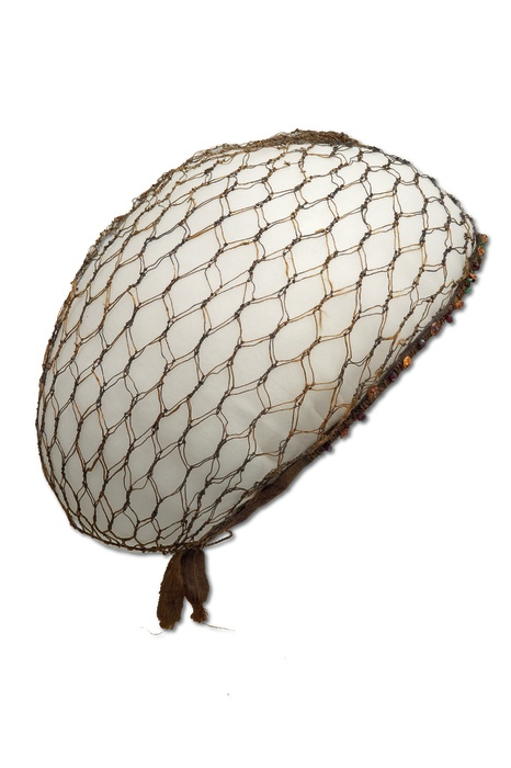 Hairnet, circa 1570.